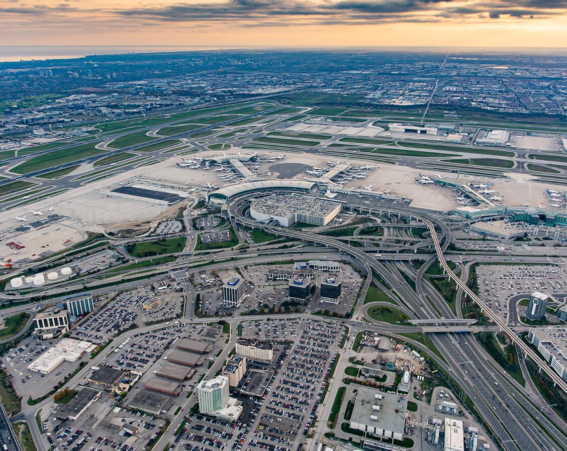 Vue aérienne des aires de stationnement