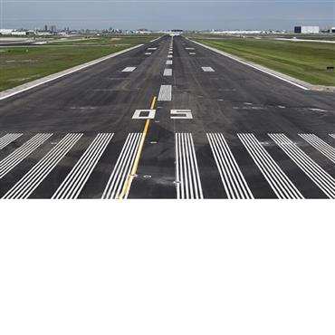 View down runway 05.