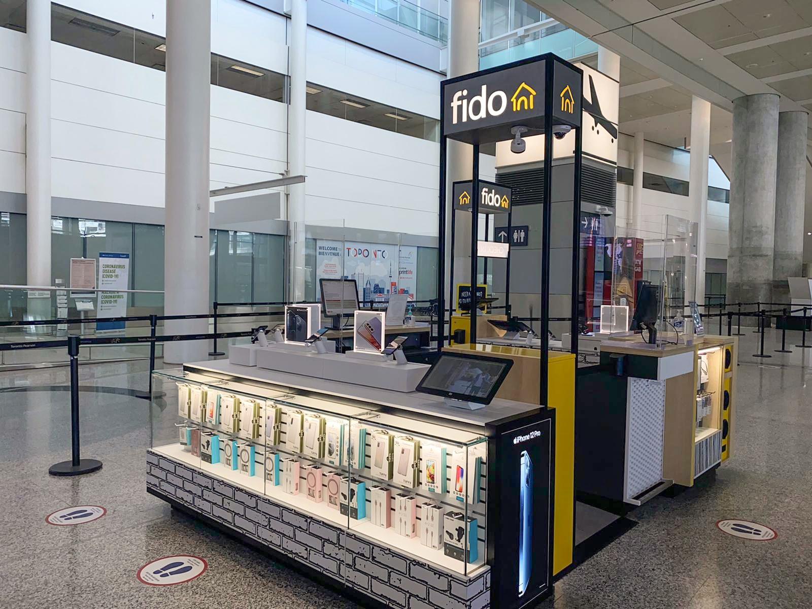 Fido kiosk in Terminal 1, International Arrivals