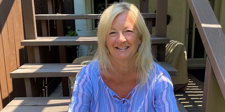 Kathryn est gestionnaire, Sensibilisation communautaire, à l'Autorité aéroportuaire du Grand Toronto