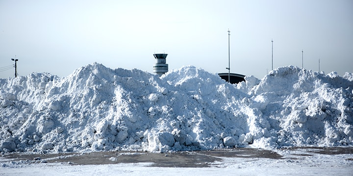 snow removal at Pearson